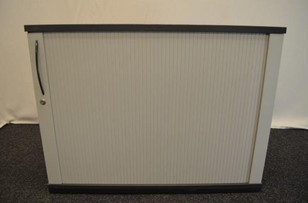 Sideboard, 2OH, grau, schwarzer Corpus, graue Rolladentüre, gebrauchte Büromöbel
