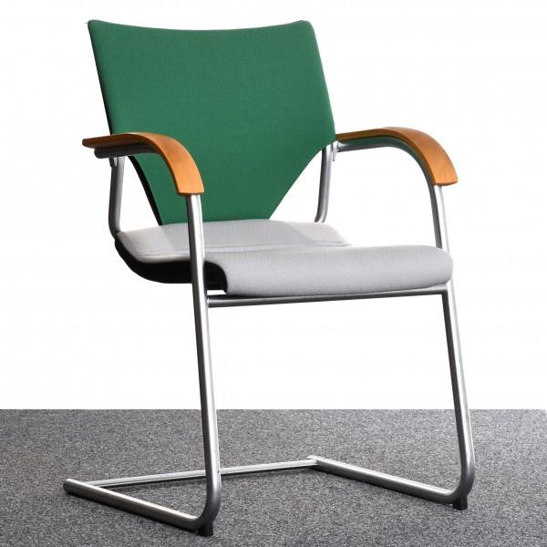 Freischwinger Wilkhahn grau grün Textilbezug Chrom Gestell gebraucht Büro