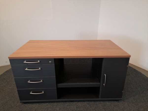Gesika Technikboard, 1x Großraumablage, 4x Schubladen, 1x Tür gebraucht