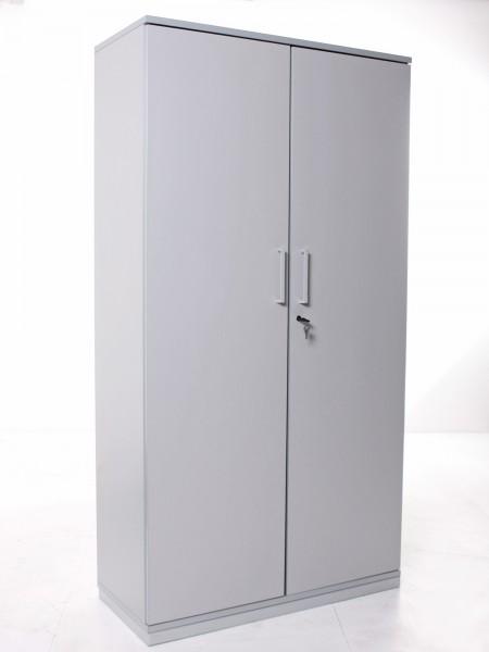 Garderoben-/ Kleiderschrank, 189x100cm, 2x Flügeltür, innenseitiger Spiegel, gebrauchte Büromöbel