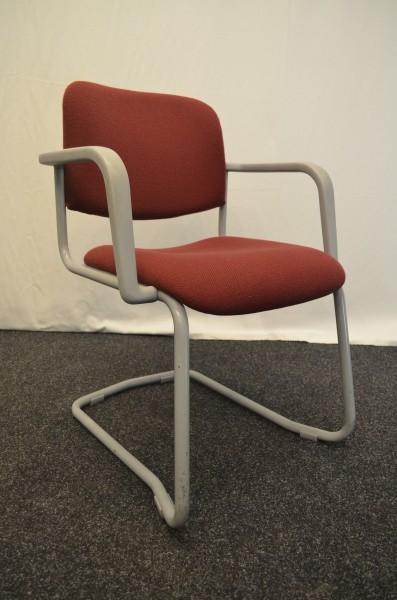 Freischwinger, rote Stoffpolsterung, beiges Gestell, Armlehnen, gebrauchte Büromöbel