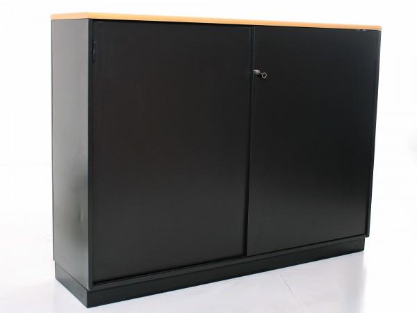 Sideboard 3OH, 120,5x160cm, Schwarz, Bucheablage, Metallkorpus, 2x Schiebetür, gebrauchte Büromöbel