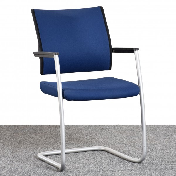 Klöber Freischwinger Stoff blau Gestell silber Armlehne  Büro 36511