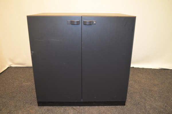 Aktenschrank 2OH, 80x79cm, anthrazit, verschließbar, gebrauchte Büromöbel