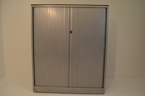 Sideboard 4OH, 140x120cm, silber, Rolladentüre horizotal, gebrauchte Büromöbel