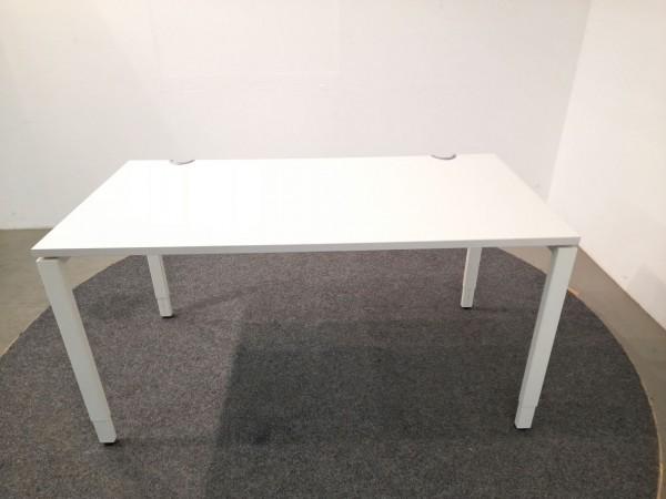 Haworth Schreibtisch, 140x70, weiß Gestell weiß, gebraucht