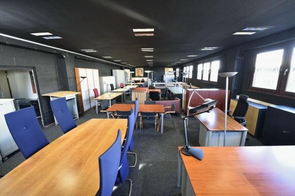 Vitra Schreibtisch 190/150x100, Winkelfunktion, höhenvers, gebrauchte Büromöbel