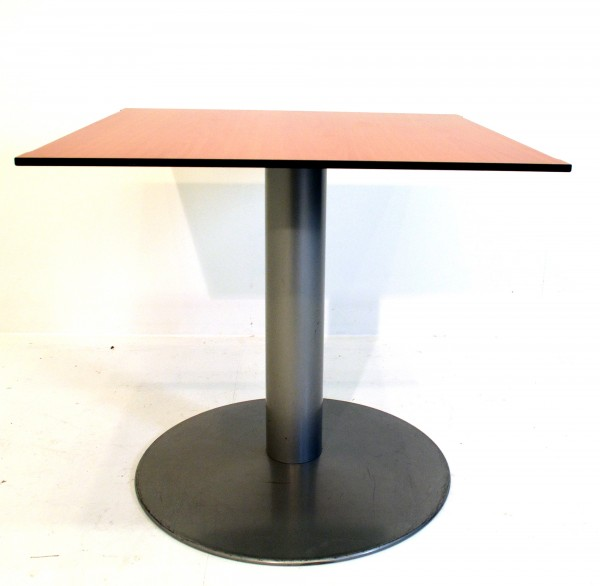 Beistelltisch, Besprechungstisch, H73xB80xT80cm, Standfuß, gebrauchte Büromöbel