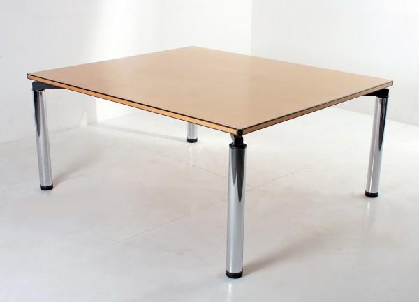 Besprechungs-/ Schreib-/ Konferenztisch Vitra, 160x140cm, Bucheplatte mit schwarzer Randapplikation,