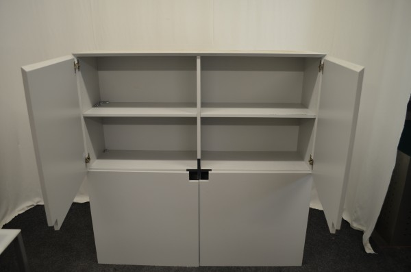 Wandschrank 144x144cm, Design, Lichtgrau, 4x Flügeltür, gebrauchte Büromöbel