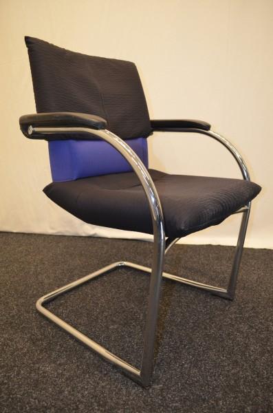 Freischwinger Vitra, schwarz-blaue Polsterung, Chromgestell, gebrauchte Büromöbel